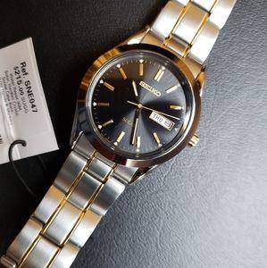 NWT Seiko Solar SNE047 Unisex Dress/Casual Watch